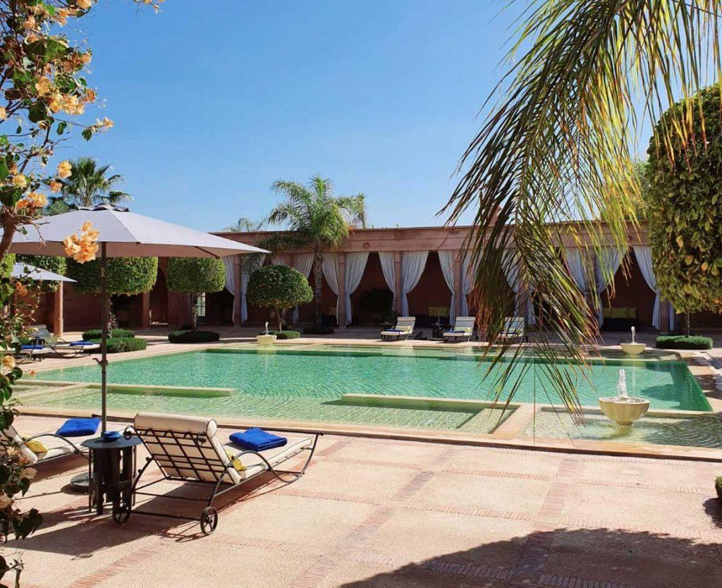 Déjeuner et piscine à Marrakech